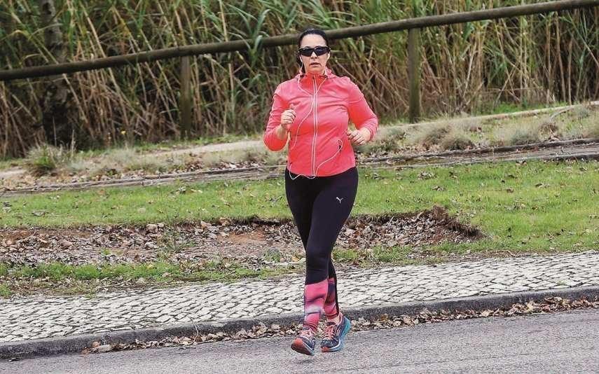 Paula Brito e Costa Ex-presidente da Raríssimas exercita o corpo