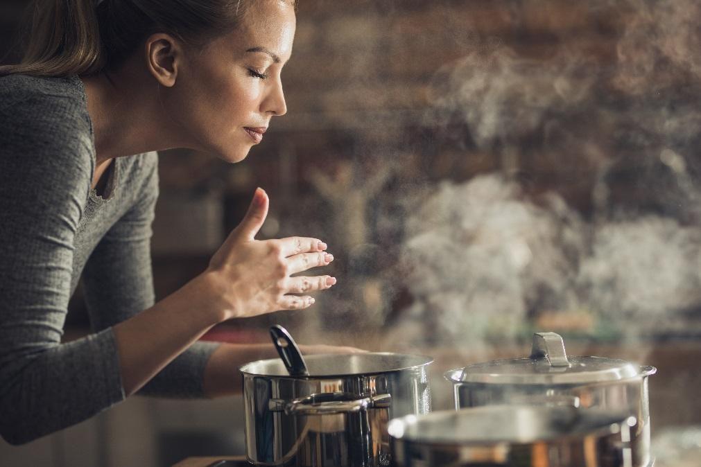 Limpe os excessos das férias com esta receita de elixir curativo de sopa de vegetais