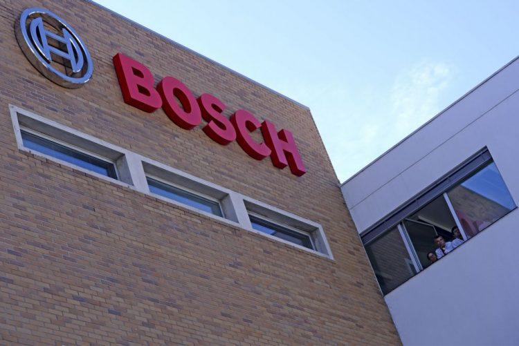 Bosch assina protocolo com Universidade de Aveiro num investimento de 19MEuro que cria 150 empregos