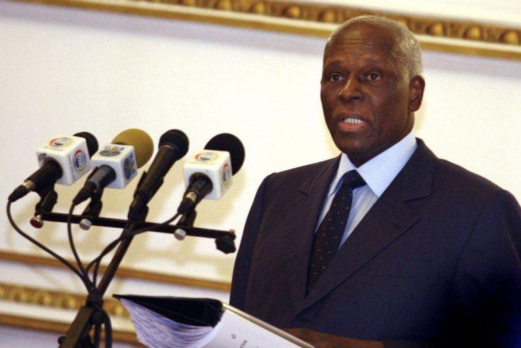 Julgamento de atentado contra PR angolano é político e visa atingir a UNITA -- defesa
