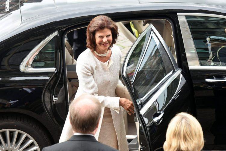 Rainha Sílvia da Suécia, de 73 anos, hospitalizada
