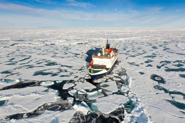 Pólo Norte com temperaturas acima da média em novembro e dezembro devido à poluição