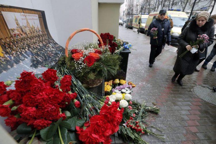 Putin anuncia dia de luto nacional pelas vítimas de queda de avião no Mar Negro