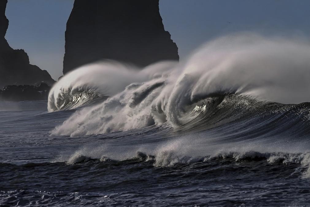 Prepare-se, vem aí mais chuva, vento e mar agitado até ao fim de semana