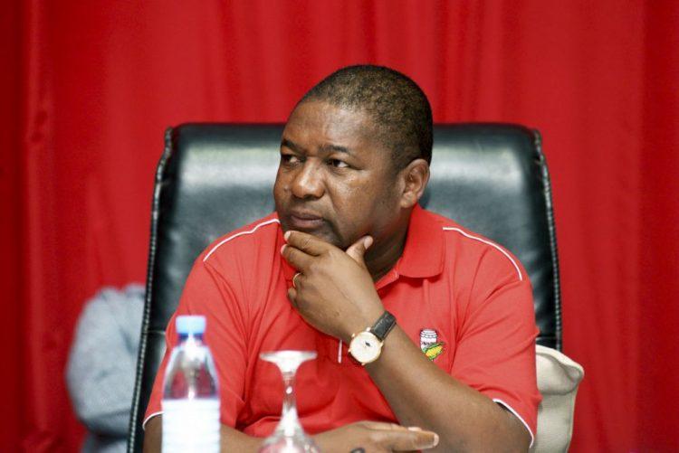 Presidente de Moçambique defende adoção de línguas locais no combate à Sida