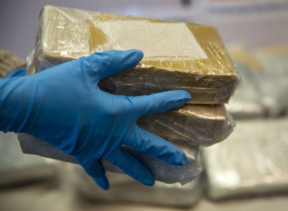 Cinco detidos por alegado tráfico de droga e apreendidos 32 quilos de cocaína