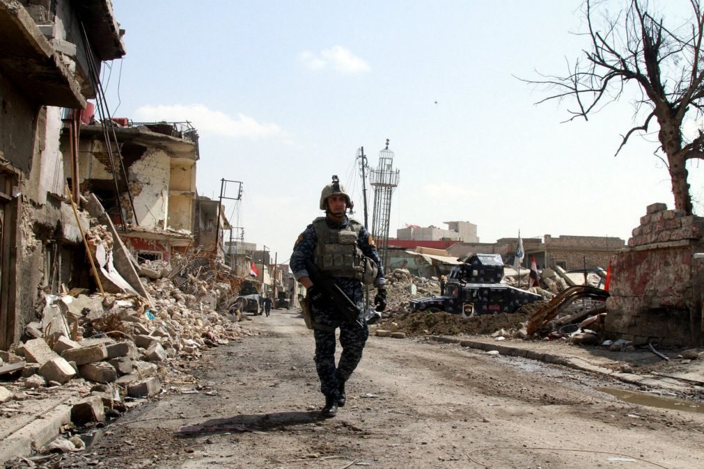 Quase meio milhão de civis já abandonou as suas casas em Mossul