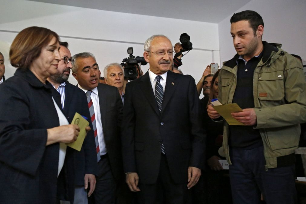 Principal partido da oposição apresenta pedido de anulação do referendo na Turquia