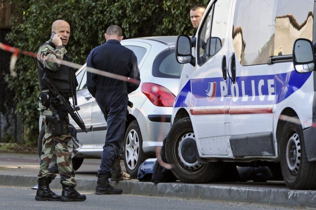 Detidos suspeitos de prepararem atentado a 5 dias das presidenciais em França