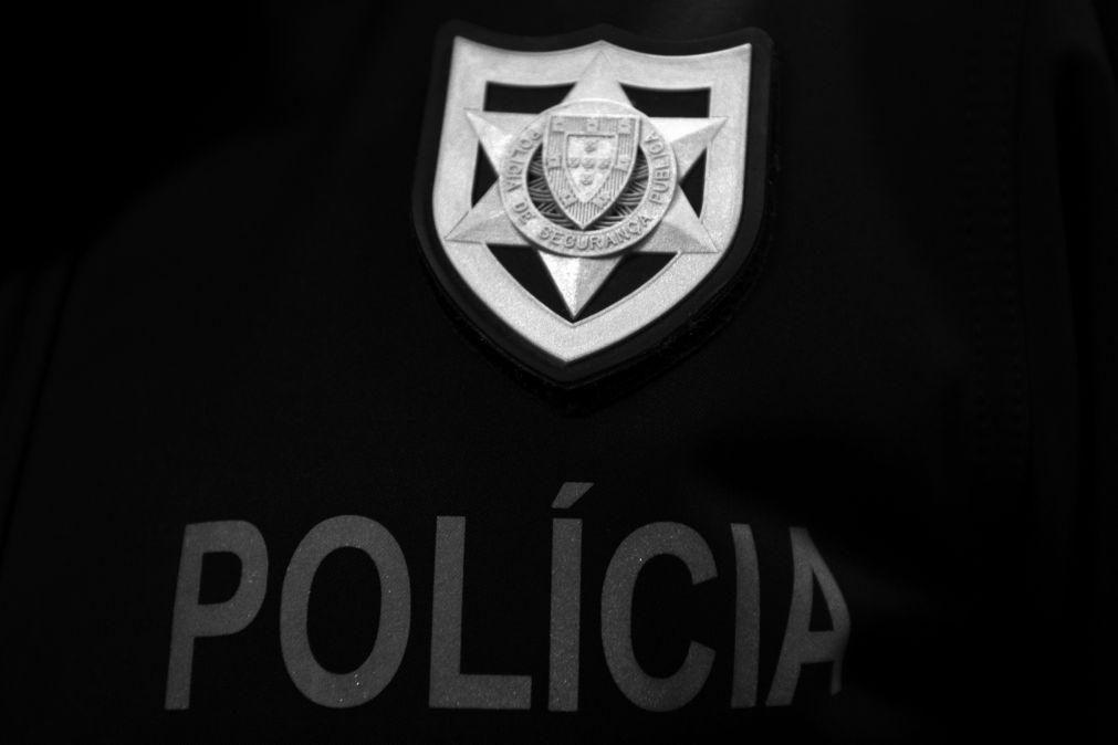 Detido depois de assaltar comerciantes com faca em Lisboa