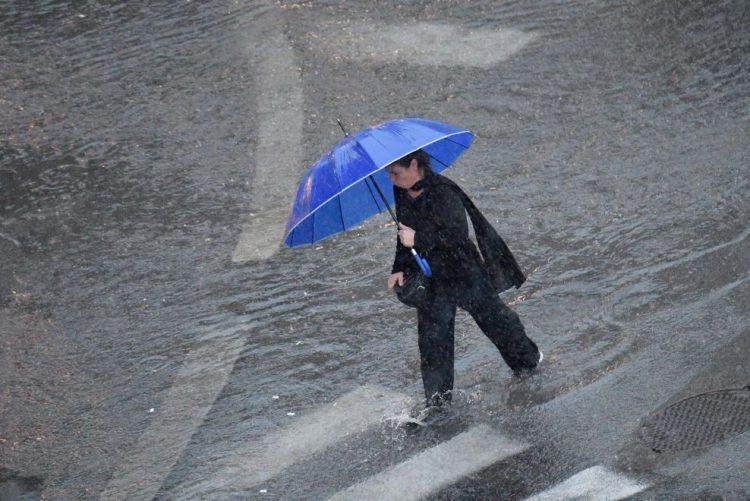 Proteção Civil alerta para possíveis inundações e quedas de árvores no fim de semana
