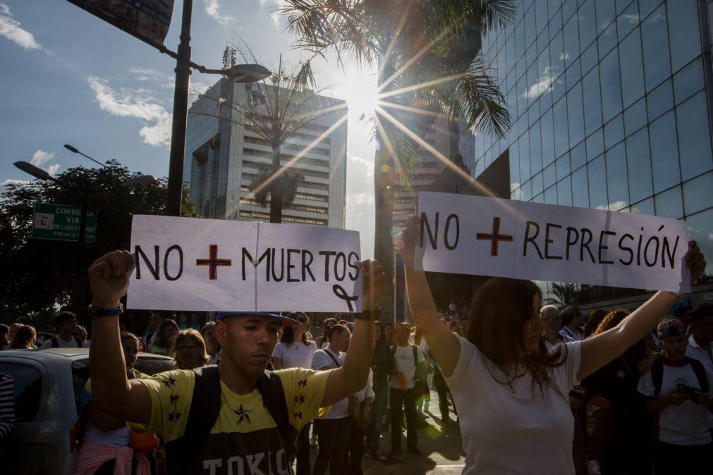 Armar centenas de milhares de civis na Venezuela
