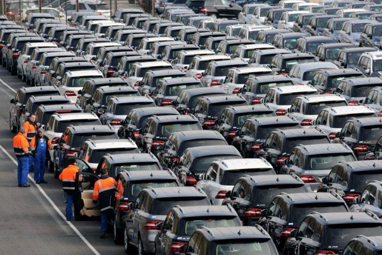 Empresas do setor automóvel aumentam 1,7% em 2015 e representam 4% do total - BdP