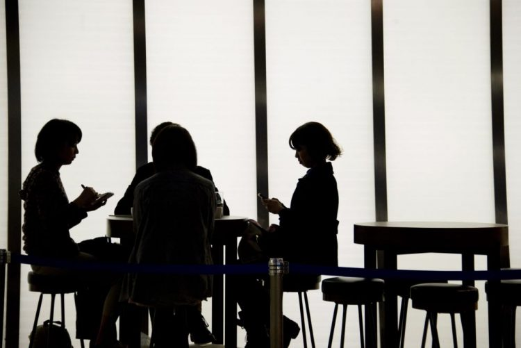 Japão reforça medidas para prevenir mortes por excesso de trabalho