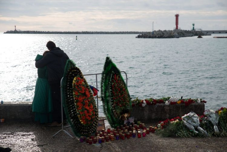 Análise à caixa negra de avião russo que caiu no Mar Negro aponta para erro de pilotagem