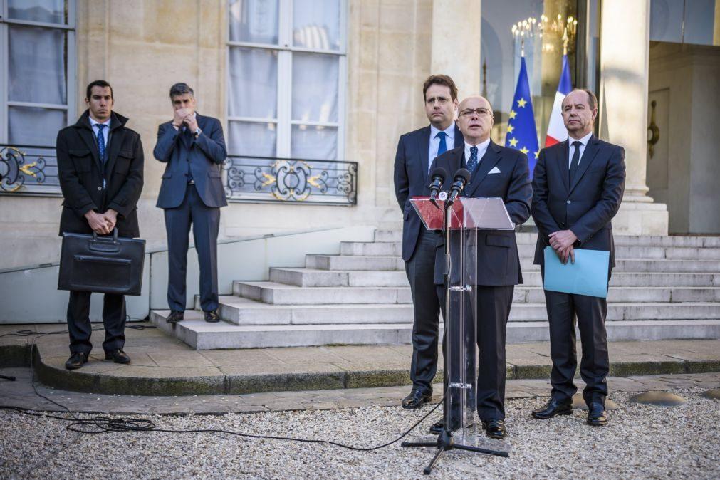 Governo francês anuncia reforço de segurança após atentado em Paris