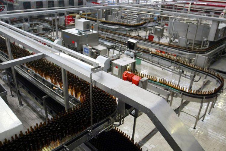 Cervejas de Moçambique reduz importação de vidro em 4,5 ME graças a garrafas retornáveis