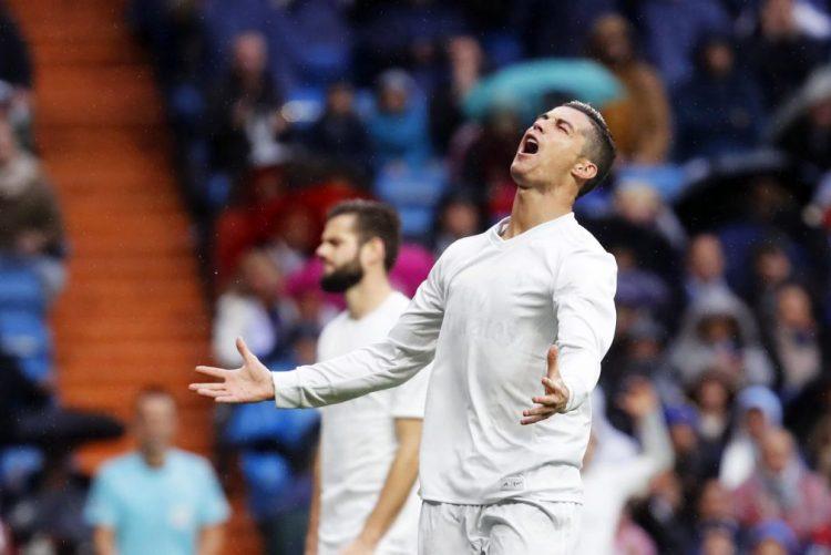 Cristiano Ronaldo finalista do prémio de melhor jogador do ano da FIFA