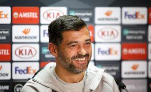 Sérgio Conceição vai estar no banco frente ao Benfica
