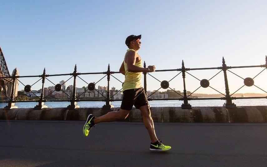 Amor | Correr 4 horas por semana pode elevar performance sexual