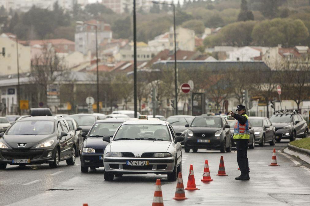 Portugueses gastam mais de oito horas em deslocações durante a semana