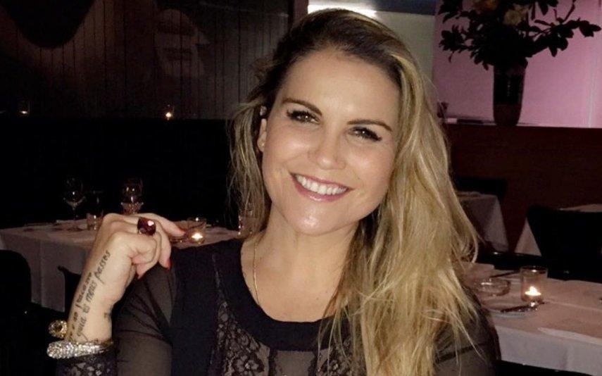 Kátia Aveiro reduz tamanho do peito e explica as razões