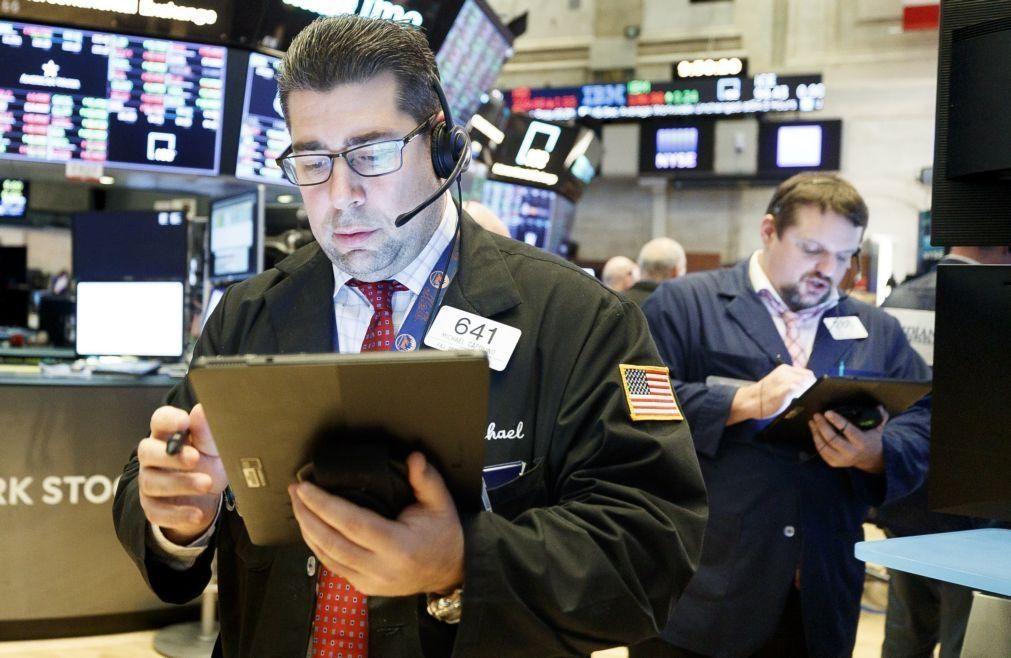 Wall Street segue em alta à espera de acordo comercial com a China