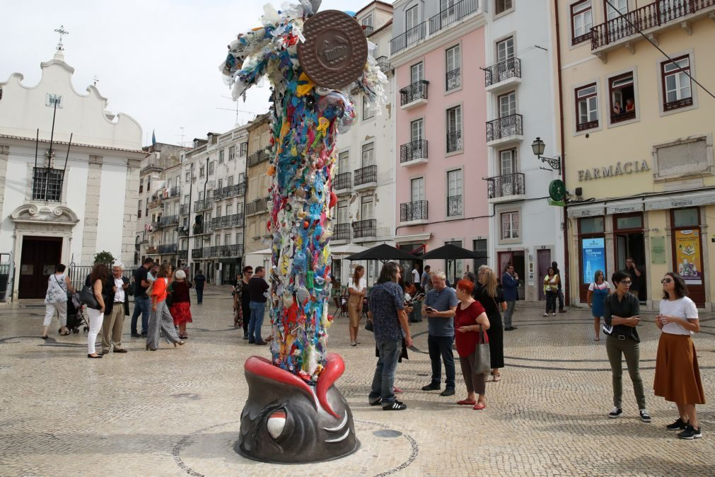 Resultado de imagem para Lisboa: Quatro feridos em rixa que envolveu 40 pessoas na Mouraria