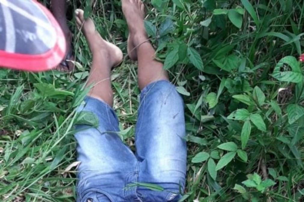 Morreu a criança atingida a tiro por colher fruta em terreno privado