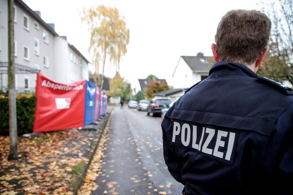 Resultado de imagem para Polícia confirma seis mortos e dois feridos graves em tiroteio na Alemanha
