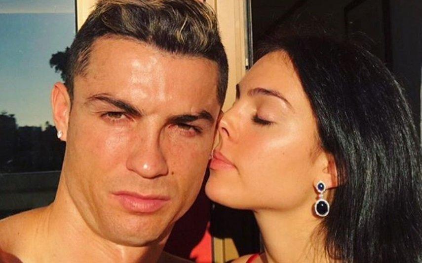 Georgina Rodriguez e Cristiano Ronaldo O caos após as fotografias na Disneyland Paris: «A situação tornou-se insuportável»
