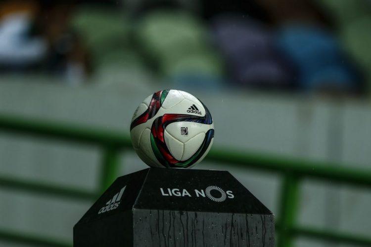 Benfica inicia defesa da Taça da Liga, Moreirense pode selar ' final four'