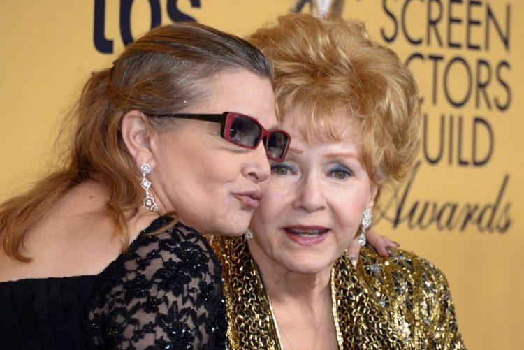 Morreu atriz Debbie Reynolds, mãe de Carrie Fisher, aos 84 anos