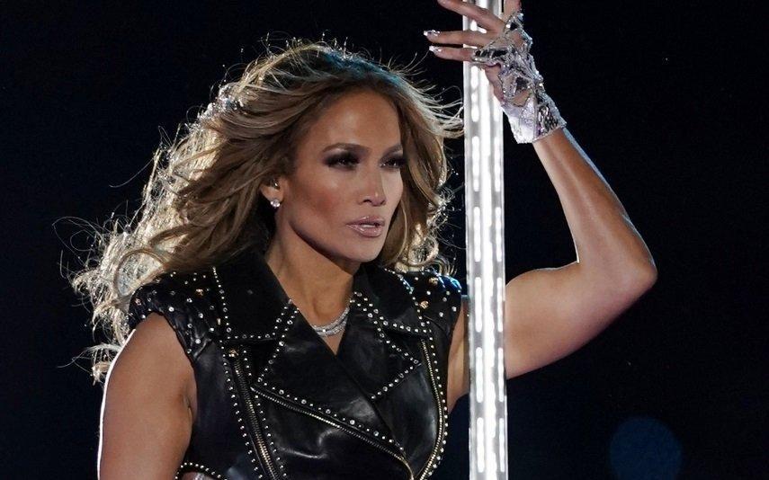 Jennifer Lopez Os truques para estar perfeita aos 50 anos