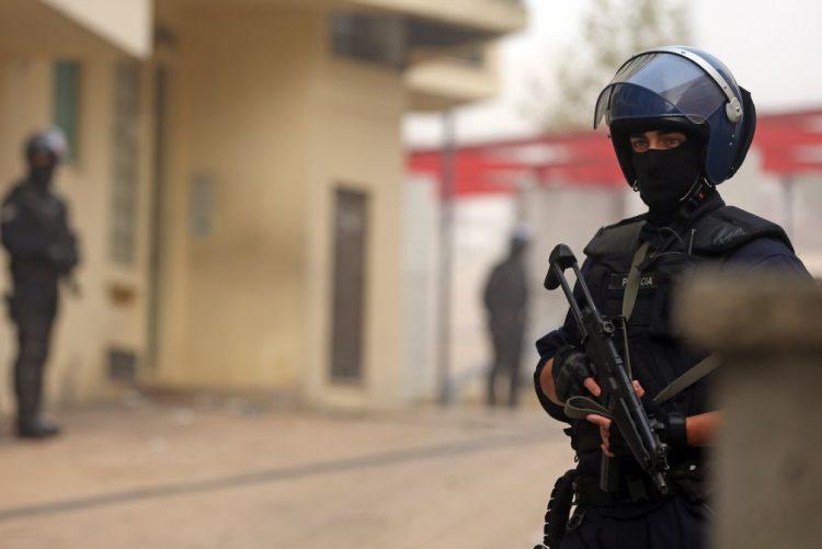 Dois detidos e droga apreendida em buscas no bairro da Ameixoeira - PSP