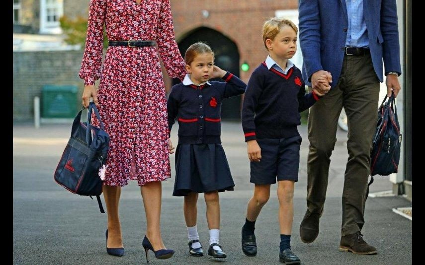 William rendido à pequena Charlotte: «É adorável, tal como a Kate»