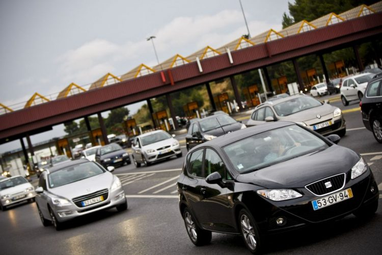 Autoestrada Lisboa-Porto com maior aumento de portagens em 2017 de 35 cêntimos