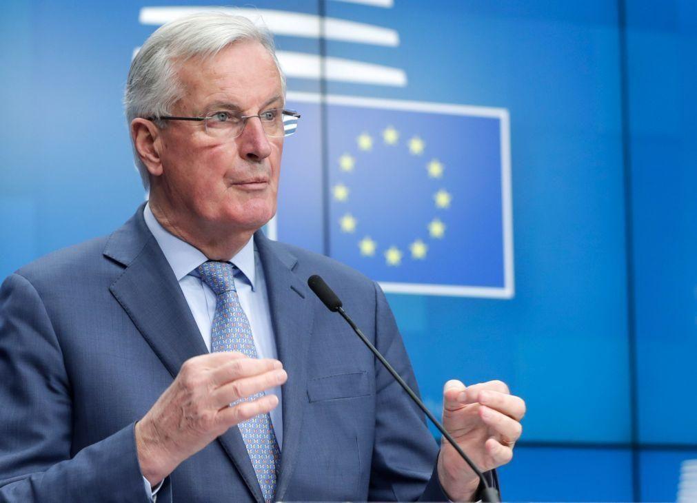 Brexit: Barnier pronto a começar negociações, mas não a fechá-las