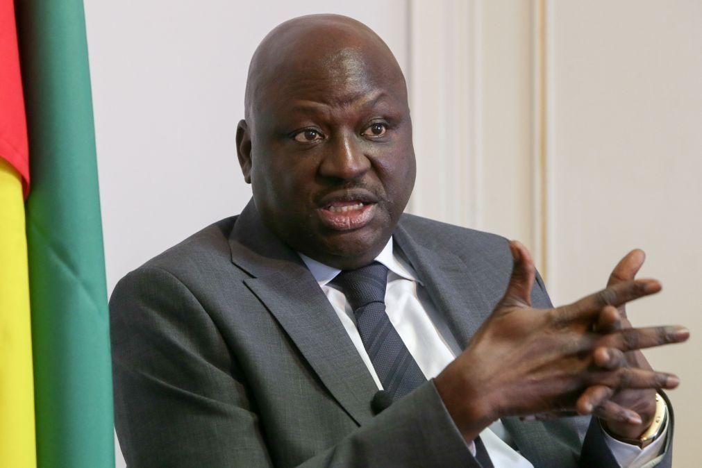 Guiné-Bissau/Eleições: PM Aristides Gomes pede a funcionários públicos para permanecerem em casa