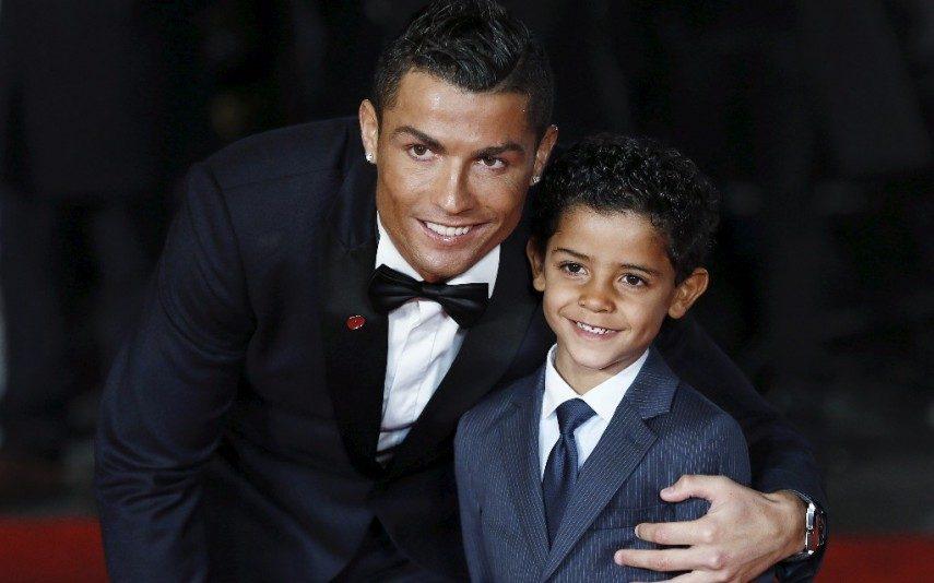Cristiano Ronaldo CR7 e Cristianinho: Tal pai, tal filho! Saiba porquê
