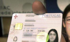 Mudar a morada fiscal do cartão de cidadão muda automaticamente nas finanças?