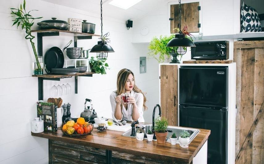Tédio na quarentena 10 tarefas domésticas que pode (e deve) aproveitar para despachar