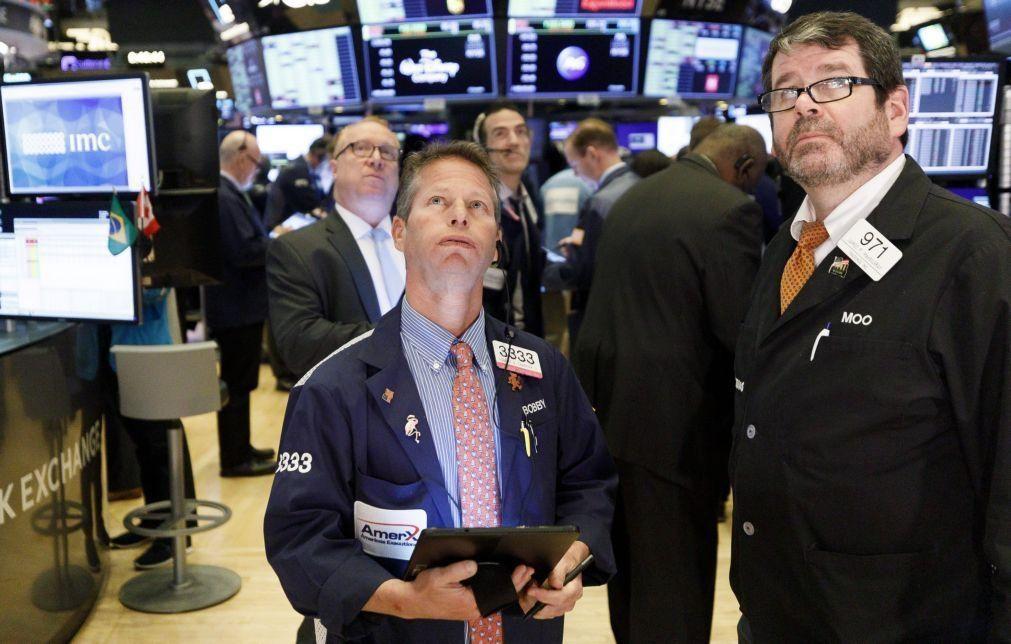 Dow Jones perde 6% e anula ganhos acumulados desde posse de Trump