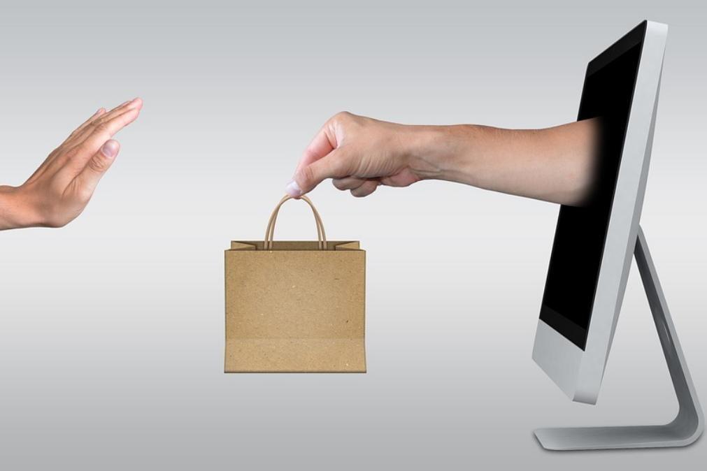 Compras online. Sites úteis para que não lhe falte nada em casa