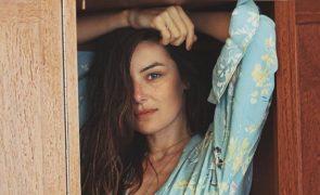 Helena Coelho posa completamente nua: «Uma mulher livre»