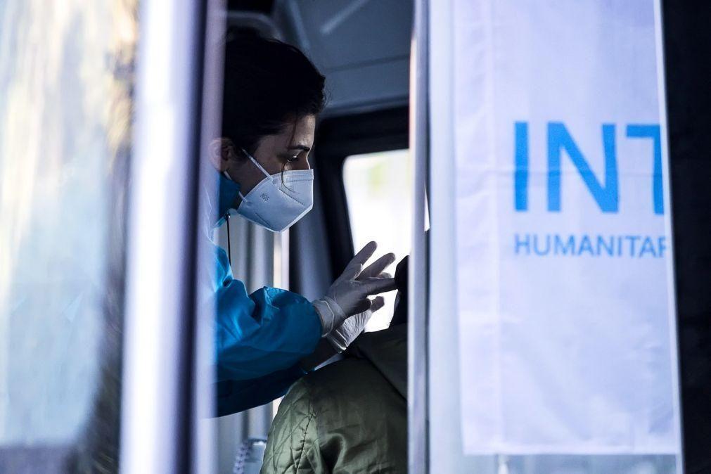 Covid-19: Atribuição de certificados de imunidade tem de ser vista com cuidado - imunologista