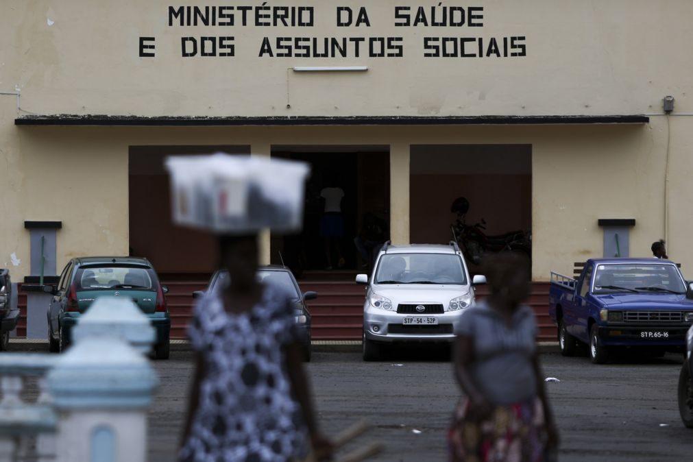 Covid-19: São Tomé suspende ligações com Príncipe e visitas a doentes e presos