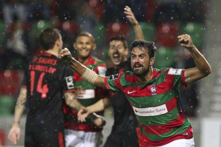 Marítimo impõe primeira derrota ao Benfica no campeonato