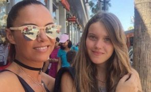 Iva Domingues chora baba e ranho com saudades da filha
