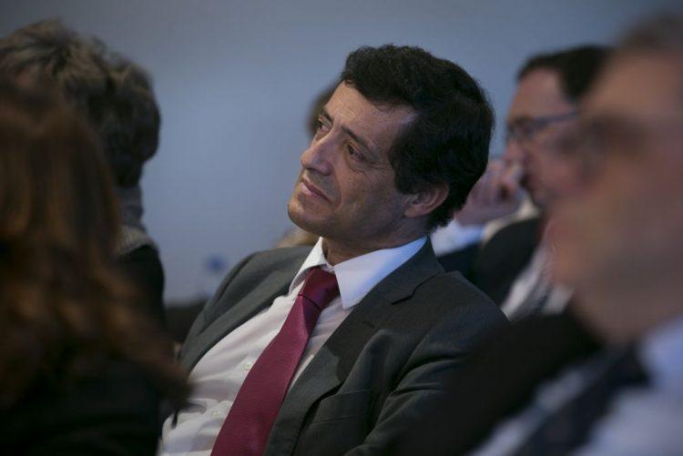 Eurodeputado Carlos Zorrinho questiona Comissão Europeia sobre armazém nuclear em Almaraz